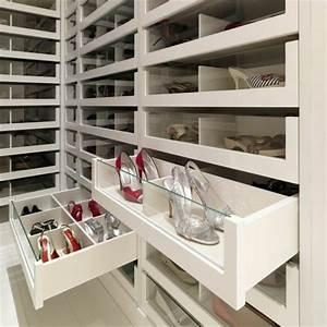 Ikea Ankleidezimmer Planen : die besten 25 ankleidezimmer planen ideen auf pinterest kleiderschrank planen ikea ~ Markanthonyermac.com Haus und Dekorationen