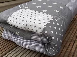 Kuscheldecke Für Baby : krabbeldecken krabbeldecke patchworkdecke babydecke grau ein designerst ck von babrause bei ~ Markanthonyermac.com Haus und Dekorationen