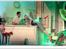 Review Little Shop of Horrors, Theatr Clwyd, Mold Eryl