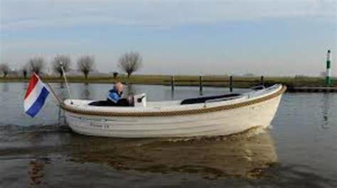 Loosdrecht Fluisterboot by Sloep Huren Loosdrecht Botentehuur Nl