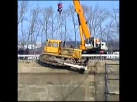 Tug Boat Accidents Youtube by Crane Accident Youtube