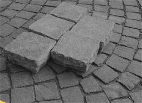 pav 233 en naturelle pavage gr 232 s granit kandla platines porphyre basalte en