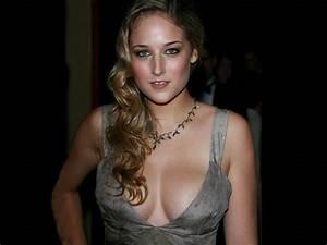 Hottest Hollywood Celebrity Leelee Sobieski Latest Hot ...