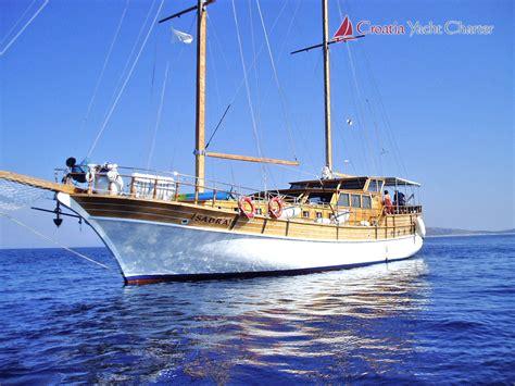 Sail Charter Croatia by Croatia Yacht Charter Motor Yachts Sailboats And Motor