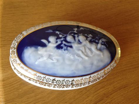 e a chastagner limoges p 226 te sur p 226 te oval dresser box with cherubs catawiki