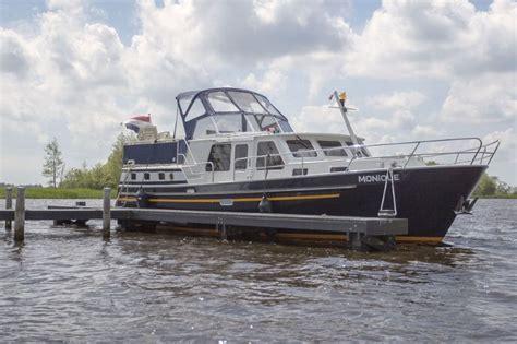Kruiser Verhuur Friesland by Motorjachten In Friesland