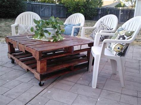 12 Amazing Diy Pallet Outdoor Furniture Ideas