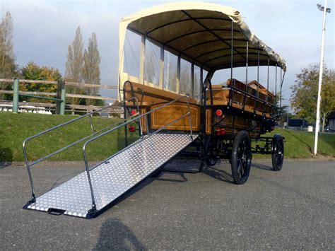 attelage rebulard wagonnette mixte pour passagers handicap 233 s et valides