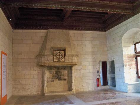 file chateau tarascon grande chambre jpg wikimedia commons