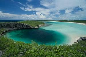 Dean's Blue Hole (Clarence Town) - All You Need to Know ...