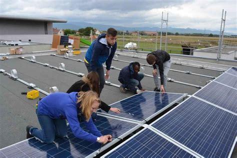 haut rhin des lyc 233 ens construisent une centrale solaire 224 c 244 t 233 de fessenheim