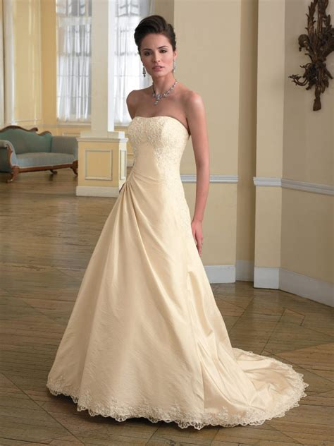 Strapless Champagne Wedding Dress Fall 2010  Prlog. Non Traditional Long Sleeve Wedding Dresses. Vintage Wedding Dresses Chicago. Long Sleeve Wedding Dress With Detachable Train. Summer Wedding Gowns With Sleeves. Strapless Wedding Dress And Necklace. Disney Fairytale Wedding Dresses. Modern Wedding Dress Simple. 50's Style Wedding Dresses North West