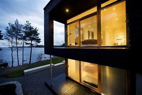 scandinavian modern house by the sea