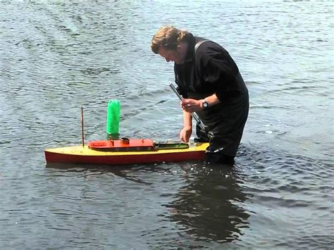 Model Steam Boat Youtube model steam boat straight running at blackheath youtube