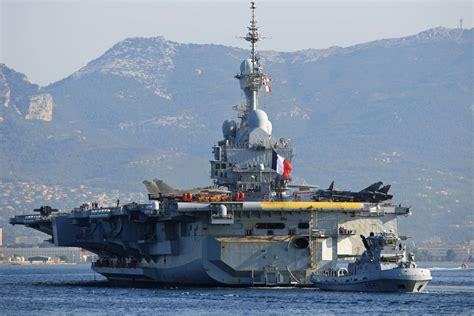 le porte avions charles de gaulle de retour 224 toulon mer et marine