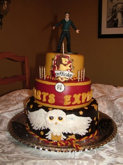 harry potter cake 48 harry potter birthday cakes and cupcakes cakes and