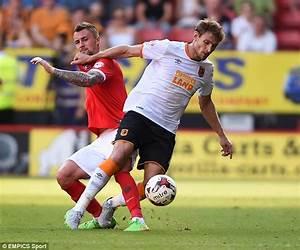 Nikica Jelavic having medical at West Ham ahead of ...