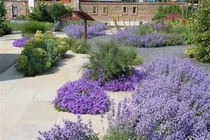 Garten Im Mai : englischer garten cantera naturstein welten ~ Markanthonyermac.com Haus und Dekorationen