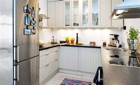organize and utilize your small kitchen space girly