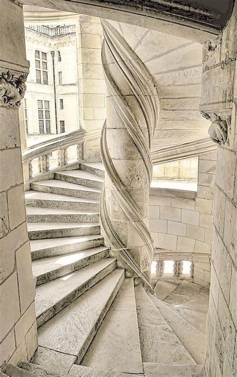 escaliers du chateau de chambord l escalier circulaire central du ch 226 teau de chambord