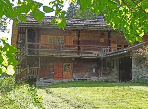 maison 224 vendre en rhone alpes savoie la giettaz beau chalet savoyard ref 45305sd73 12748