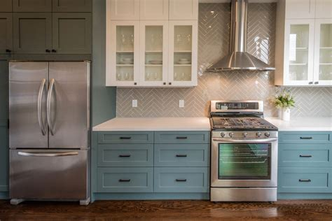 Choosing Paint Colors For Kitchen Yellow Soft Color
