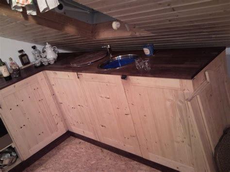 Kuche Mit Dachschrage Dachschrage Blau Fr Auf Dekoideen