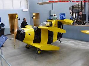 worlds smallest plane - Bumble bee - Picture of Pima Air ...