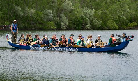 Dragon Boat Racing Lansing by Dragon Boat Race Raises More Than 30 000 For Local Women