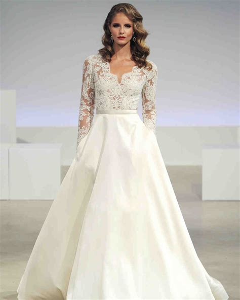 46 Pretty Wedding Dresses With Pockets  Martha Stewart. Wedding Dress Lace Fit And Flare. Romantic Wedding Dress Ebay. Modern Wedding Dresses Indian. Vintage Wedding Bridesmaid Dresses. Halter Neck Wedding Dresses South Africa. Empire Waist Greek Goddess Wedding Dresses. Designer Wedding Dress Katniss. Country Chic Wedding Dress Lace