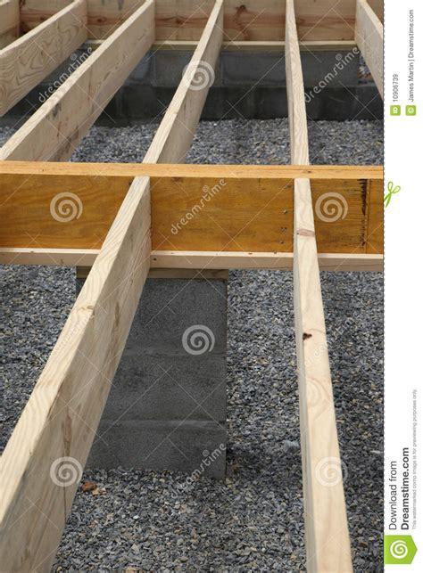 28 floor joist bracing spacing cross bracing floor