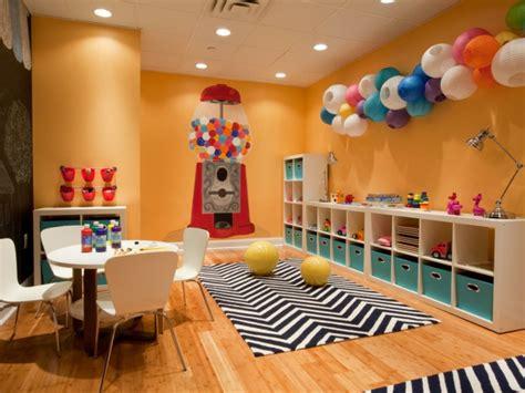 rangement salle de jeux enfant 50 id 233 es astucieuses salle salles de jeux et d 233 corations