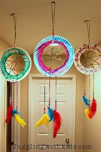 Make these beautiful paper plate dream catchers with your ...