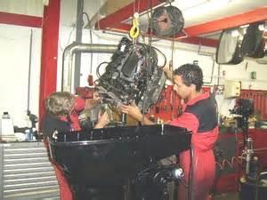 Buitenboordmotor Reviseren by Buitenboordmotoren Revisie Bij Dila Watersport Te Purmerend