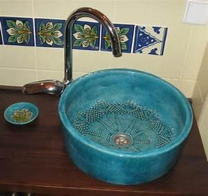 Bemalte Keramik Waschbecken : turkus bemalte waschbecken 1 ~ Markanthonyermac.com Haus und Dekorationen