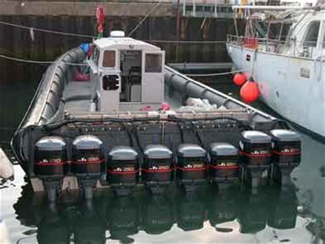 Blow Up The Boat by 6 X 250hp Yamahas On One Blow Up Boat Happy Marine