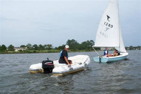 Tow Boat Oriental Nc by Youth Sailing Program Oriental Nc