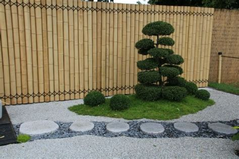 amenagement jardin exterieur avec galets objet deco jardin pas cher maison email