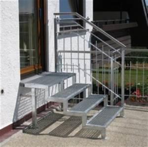 Treppe Hauseingang Bilder : treppen au en ~ Markanthonyermac.com Haus und Dekorationen
