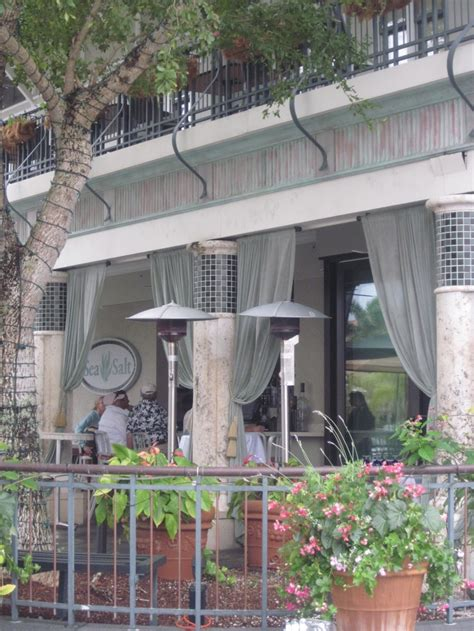 quaint downtown patio dining spot in downtown naples fl