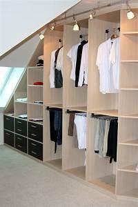 Ankleide Mit Dachschräge : wohnidee ankleidezimmer aus einer hand raumax ~ Markanthonyermac.com Haus und Dekorationen