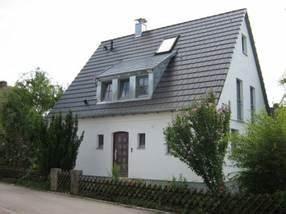 Altes Haus Umbauen : altes haus sanieren ~ Markanthonyermac.com Haus und Dekorationen