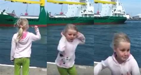Girl Boat Horn by Watch This Little Girl Get More Then She Bargained For