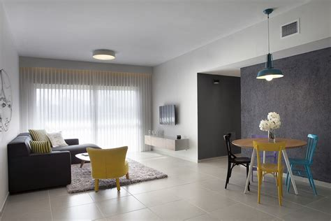 Minimalist Apartment : Budget Minimalist Apartment Designed For A Young Couple In