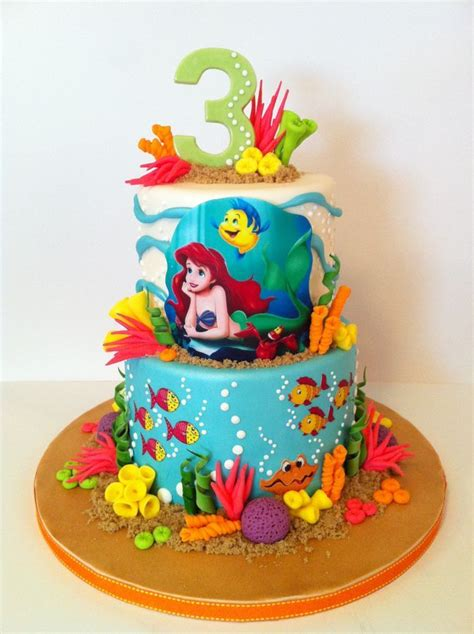 ariel birthday cake 1000 ideas about mermaid birthday cakes on