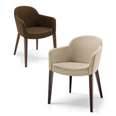 chaises et fauteuils de salle a manger