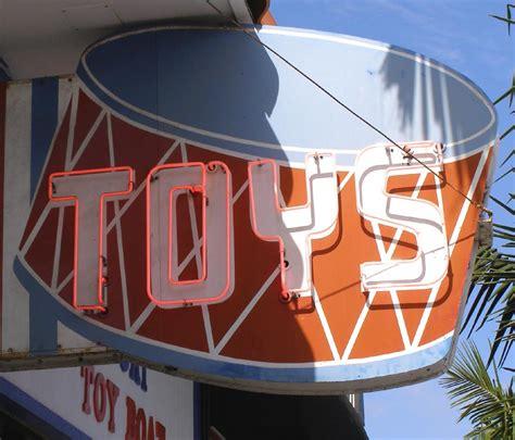 Toy Boat Corona Del Mar by California Signs Roadsidearchitecture