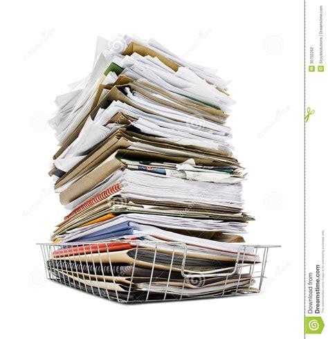 pile des dossiers dans le plateau photographie stock image 30702262