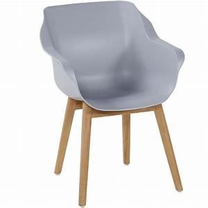 Sessel Nr 14 : kunststoff sessel nr bunte moderne sessel kunststoff gartensesse with kunststoff sessel ~ Markanthonyermac.com Haus und Dekorationen