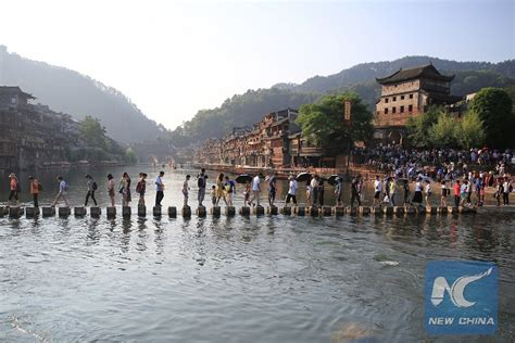 Phoenix Boats Chine Walk by Feature Tours To China S Fenghuang Ancient Town Selling